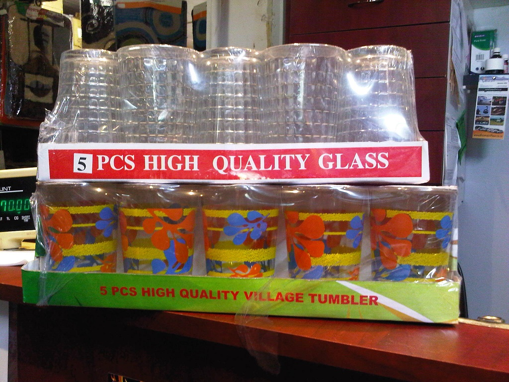 5 pc village and embossed glasses