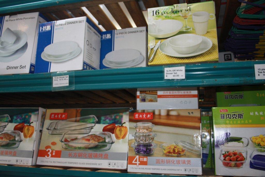 Assorted Dinner sets, pyrax & casserole sets